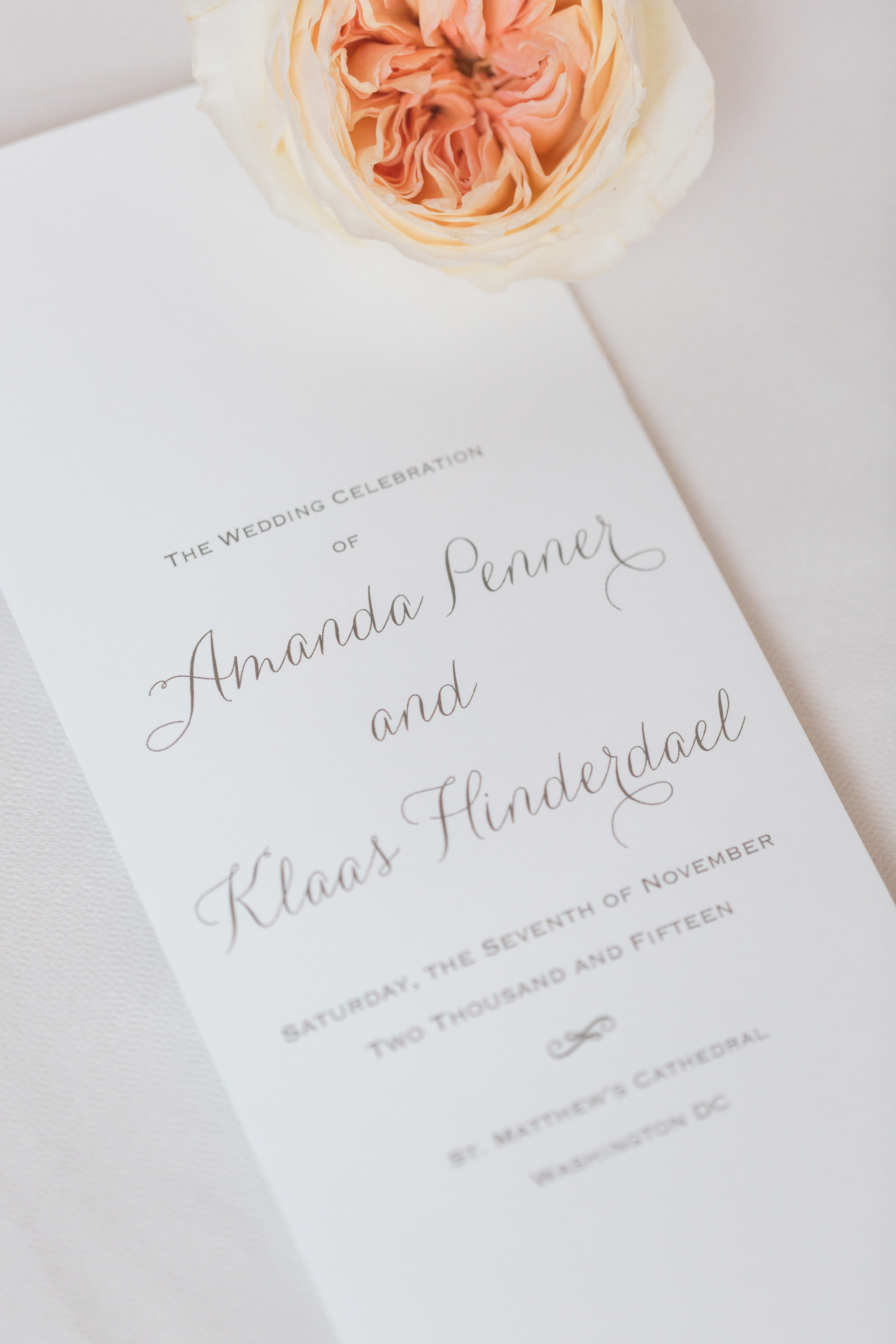 DAR Foodie Infused Wedding: Amanda + Klaas - United With Love