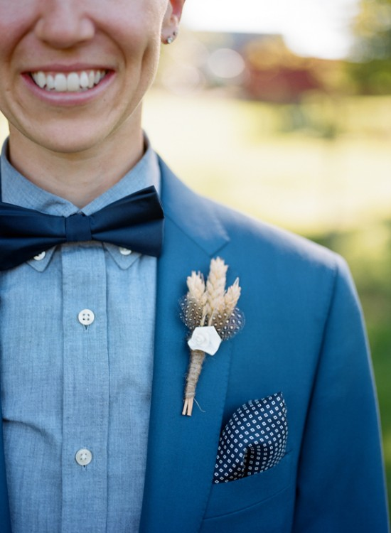 Maryland-Farm-Wedding-Bridal-Boutonniere-550x750