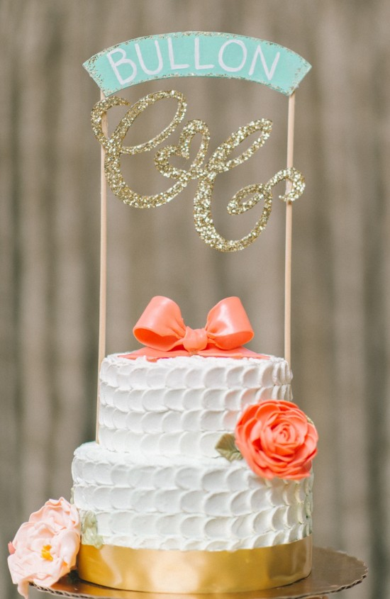 Maryland-Summer-Wedding-Elizabeth-Fogarty-Photography-Cupcake-Tower