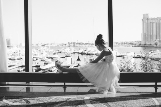 flower-girl-dresses-maryland-wedding-Mary-Brunst-photography-550x366