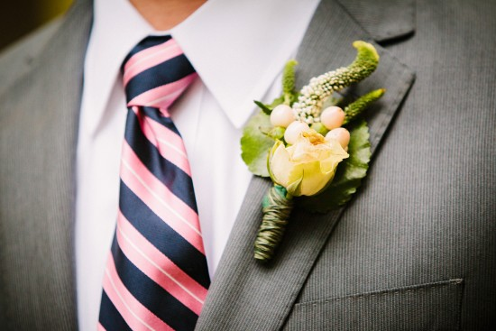 grey-groom-suit-virginia-wedding-Holland-Photo-Arts-550x367