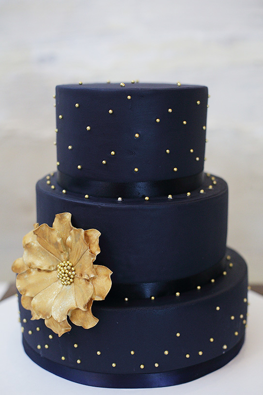 navy-gold-wedding-cake-washington-dc-wedding-love-life-images